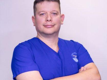 Dr. Emmanuel Hartmann