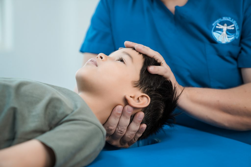 Show cranial osteopathy